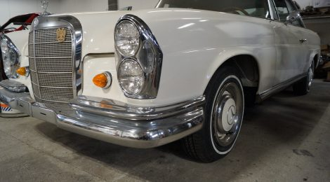 1966 Mercedes 250SE Sunroof Coupe