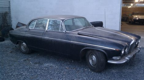 SOLD 1967 Jaguar 420G