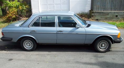 SOLD 1983 Mercedes 300D Turbo Diesel