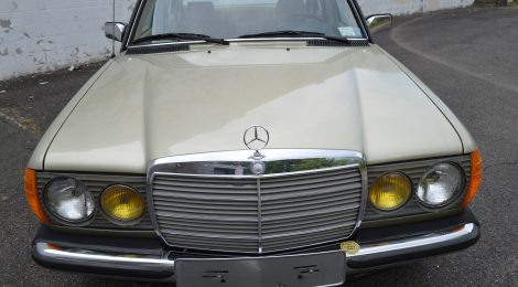 1984 Mercedes 300D 5-speed