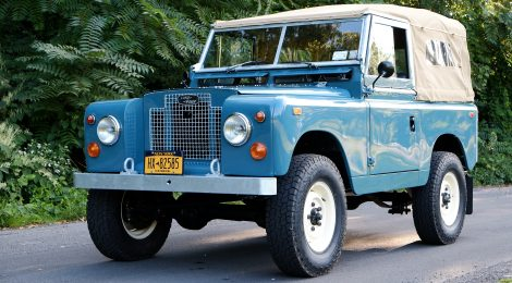 1969 Land Rover Restomod