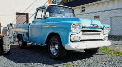 1958 Chevrolet Apache Fleetside